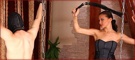 Mutter und Tochter im Freibad abgerichtet! BDSM PUR